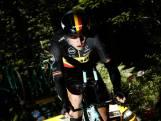 Van Aert verlaat Tour na zware val in individuele tijdrit