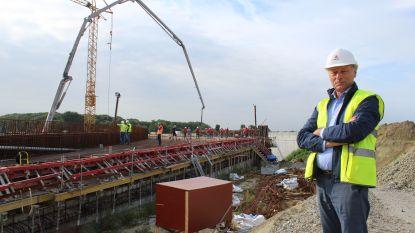 650 kubieke meter beton voor fly-over afrittencomplex E40
