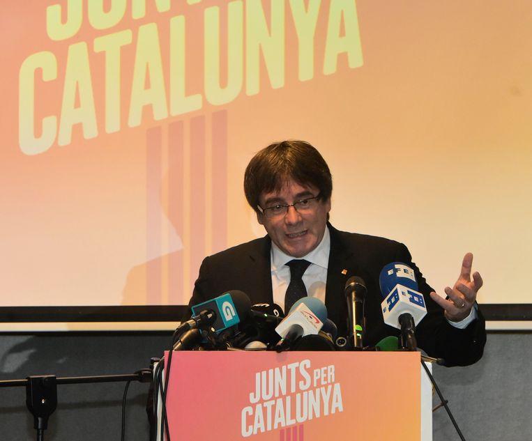 Carles Puigdemont weet op 14 december of ons land hem zal uitleveren aan Spanje. In dat geval gaan hij en vier van zijn voormalige ministers vrijwel zeker in beroep.