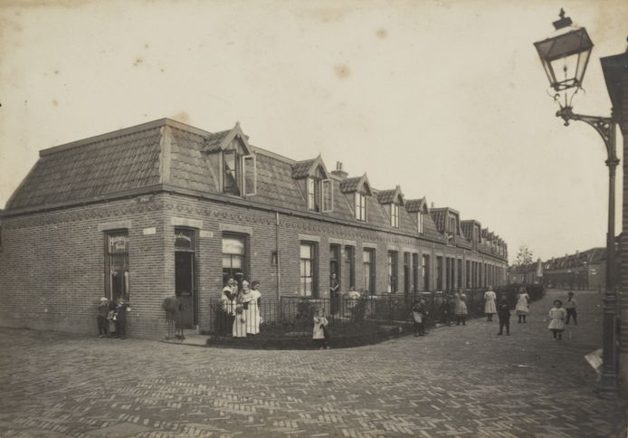 De Bremstraat in 1910.