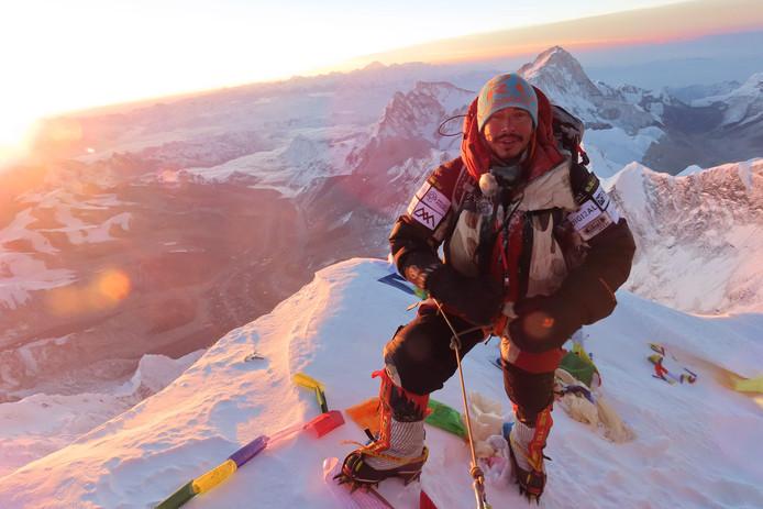 L'alpiniste népalais Nirmal Purja a annoncé mardi avoir établi un record historique en gravissant les 14 sommets de plus de 8.000 mètres d'altitude que compte la planète en seulement sept mois.