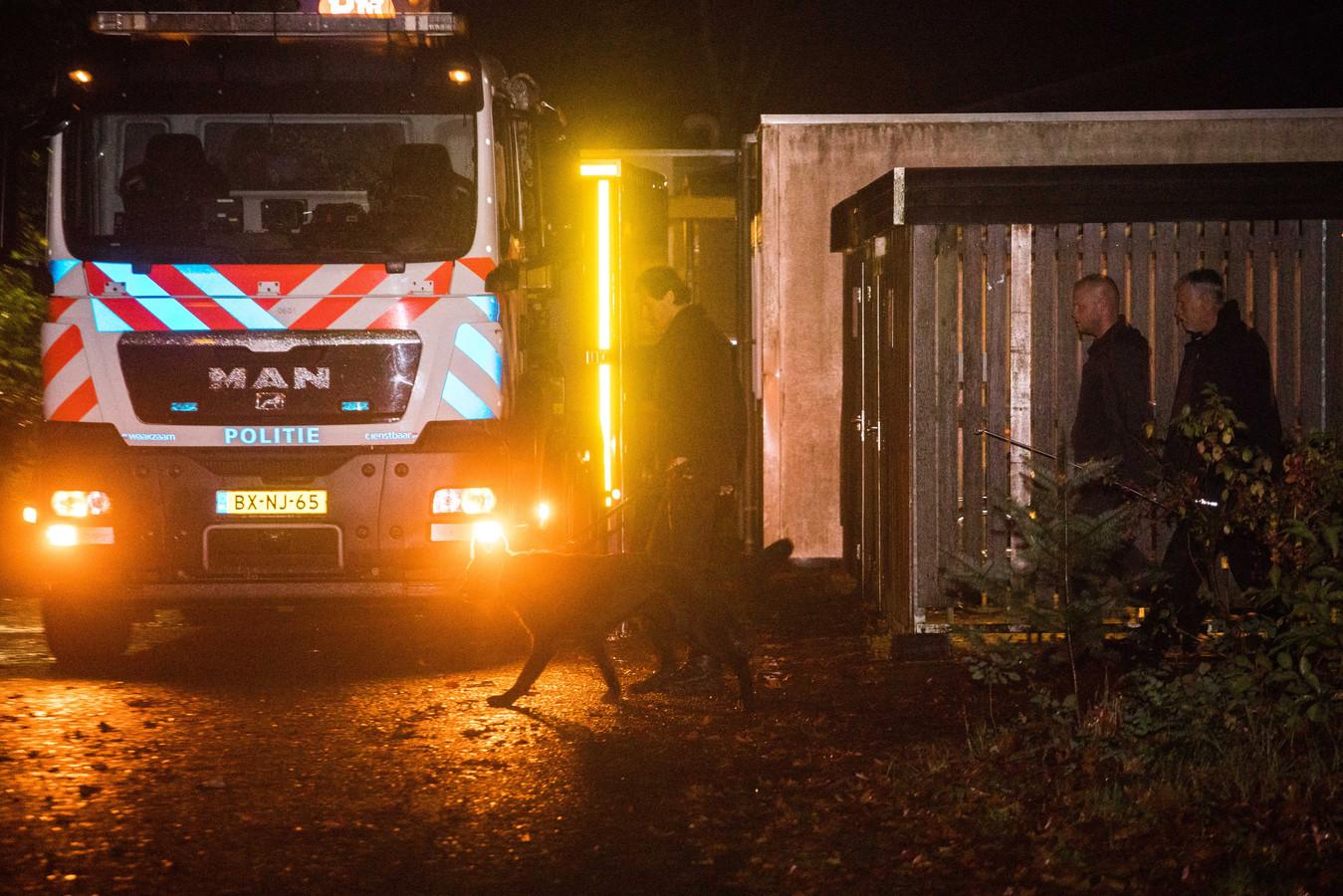 De politie doet onderzoek rondom de forensisch psychiatrische kliniek Altrecht Aventurijn. De 27-jarige man die is aangehouden in verband met de vermissing van Anne Faber (25) uit Utrecht, zat in de psychiatrische kliniek.