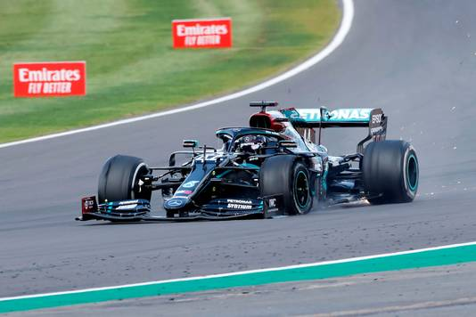 De lekke band van Lewis Hamilton