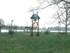 'Geef oude klok Exoduskerk een plekje Buiten de Waterpoort'