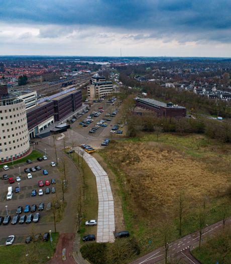 Vertraging, maar ook concretere plannen voor woningbouw op Hanzebadlocatie Zwolle