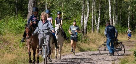 Het is druk op de Veluwse bospaden: hoe ontspannend is het daar nog?
