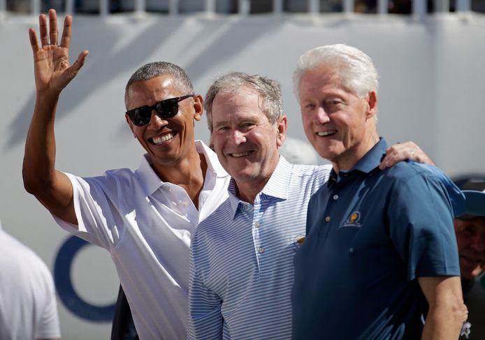 De voormalige presidenten Barack Obama, George Bush en Bill Clinton in 2017.