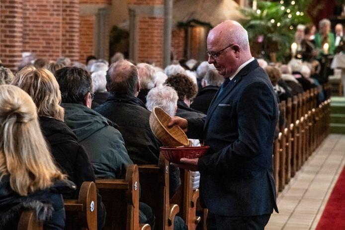 De collecte in de kerk. Foto ter illustratie.