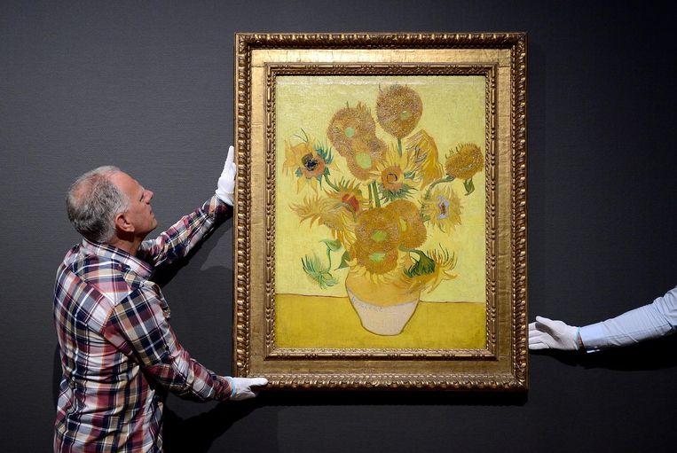 Het beroemde schilderij de Zonnebloemen van Vincent Van Gogh. Beeld ANP