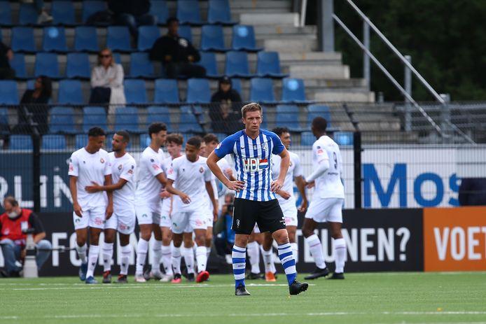 FC Eindhoven gaf tegen Telstar een 2-1 voorsprong uit handen. De gasten wonnen met 2-3.