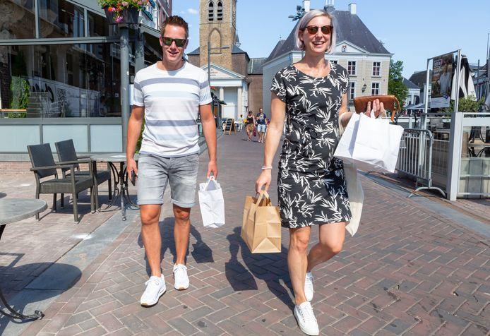 Henriette en Bart uit Oud Gastel hebben hun kostje bij elkaar gescharreld, van alles wat, zo'n 6 gerechten.