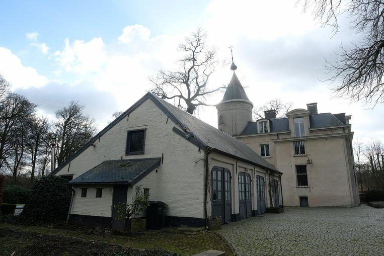 De achterzijde van het kasteel.