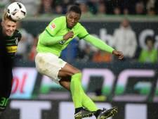 Nieuwe trainer Wolfsburg geeft Bazoer kans in de basis