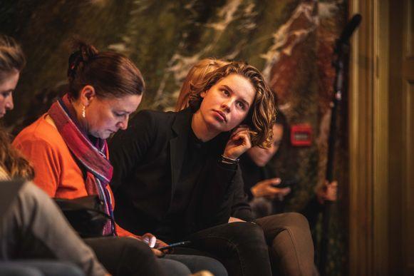 Anuna De Wever luisterde aandachtig naar de klimaatexperts die aan het woord kwamen.