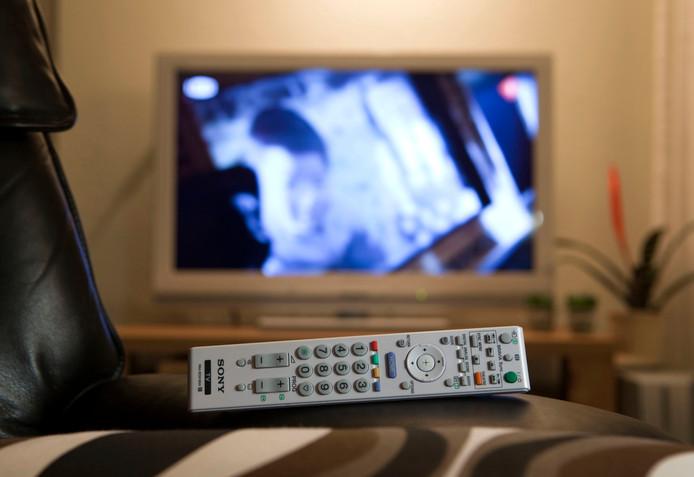Door het kraken van de Ziggo-smartcard kan spotgoedkoop tv worden gekeken.