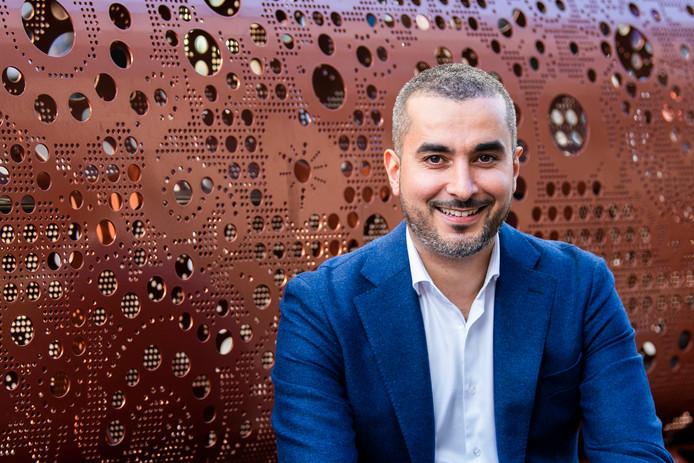 Mohamed el Mokaddem is programmadirecteur Taskforce +500 (500 mensen extra per jaar uit de bijstand halen en aan een baan helpen)