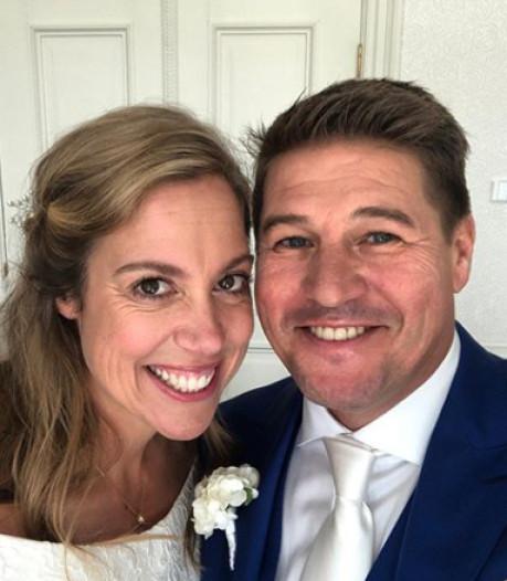 Angela Groothuizen trouwde Martijn Krabbé en zijn Deborah