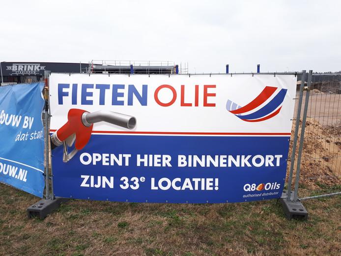 De bouw van het nieuwe tankstation van Fieten Olie op bedrijventerrein 't Lochter 3  mag doorgaan van de rechter.
