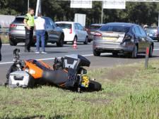 Motorrijder en passagier gewond bij ongeval op A1 bij Eemnes, file richting Amsterdam