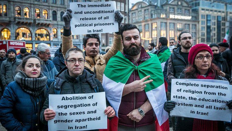 Iraanse Nederlanders betoonden zaterdag op de Dam hun solidariteit met de demonstranten in hun vaderland Beeld Amaury Miller