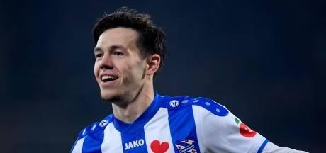 Ossenaar Mitchell van Bergen doet na Ajax ook PSV pijn: 'Hij ging er heel zachtjes in, dat was lekker voor mij'