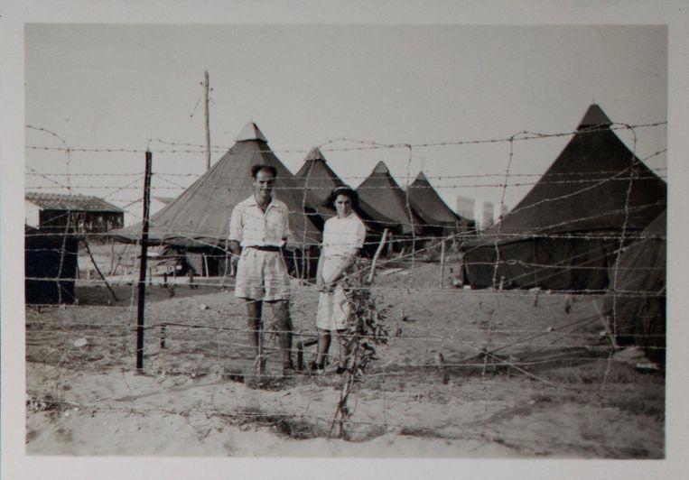 Max en Lientje in kamp Kiryat Shmuel in Palestina Beeld Privécollectie familie Noach