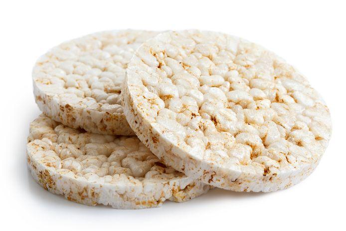 Rijstwafels bevatten weinig voedingsstoffen en vaak veel zout.