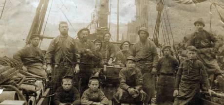Duik in de archieven over Zwartewaal levert boek 'Zeedorpken' op