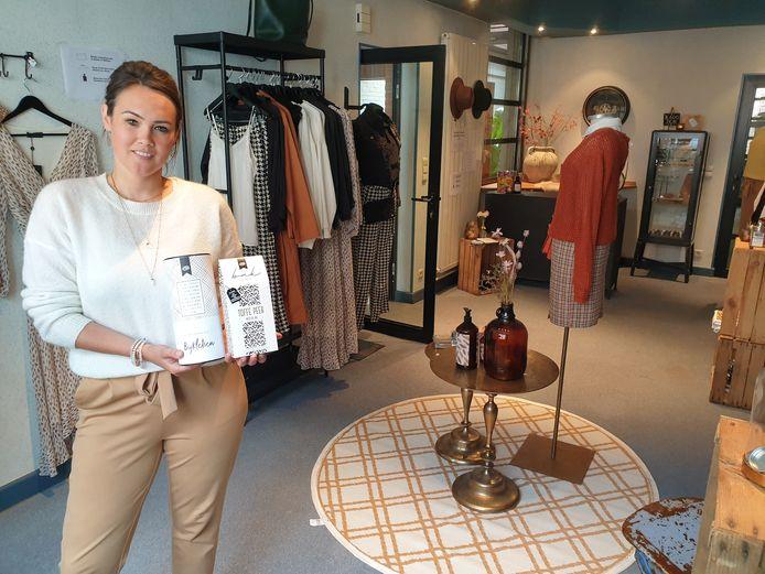 Linda Vermeeren in de pop-upstore.