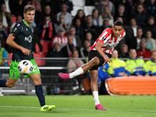 Ihattaren maakt indruk op Van Bommel: 'Hij laat het elke wedstrijd zien'