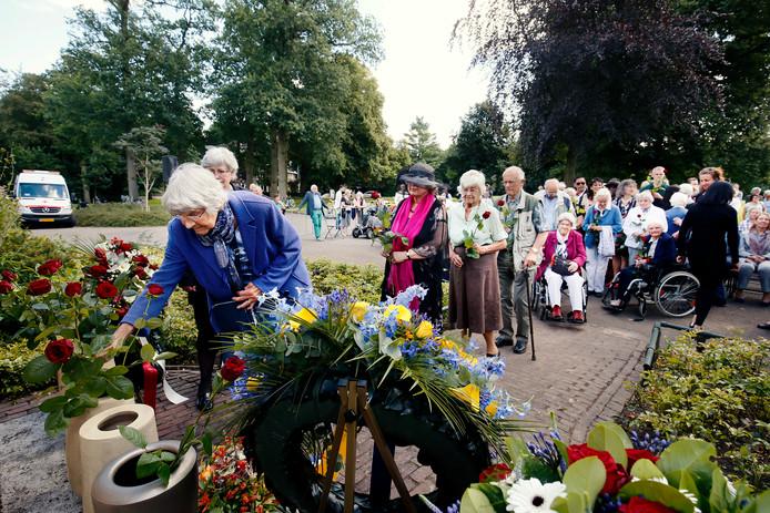 De herdenking in Bilthoven van de capitulatie van Japan.