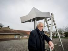 Kunstenaar 'not amused' over verwijderen Feesthoed in Haaksbergen