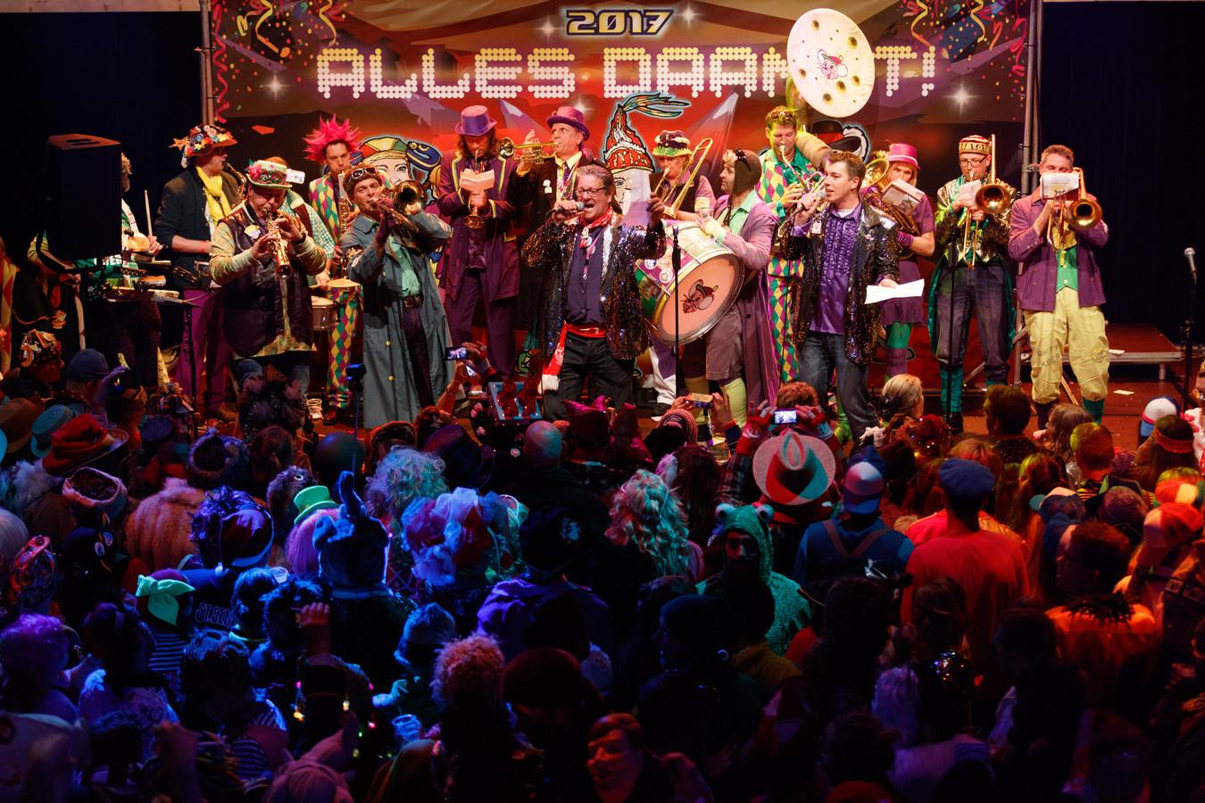 Zo druk als tijdens het Liedjesfestival in november 2016 zal het voorlopig niet zijn in De Kring.