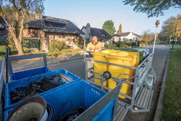 Eersel - Gescheiden afval inzamelproef in wijk de Molenakkers