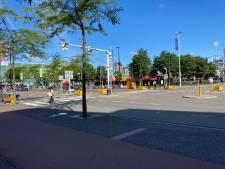 Verkeerslicht Stationsplein op proef. Hier wordt het straks heel wat drukker