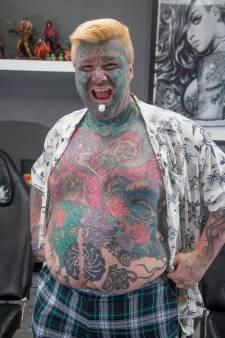 Aan tatoeages verslaafde man: 'Onbegrijpelijk dat vrouwen me mijden'