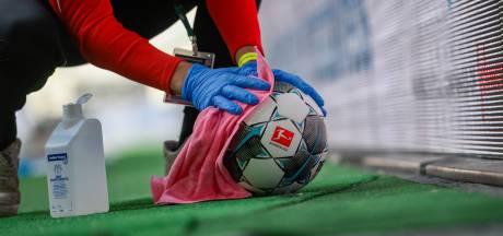 Les principaux championnats de football risquent plus de 3 milliards d'euros de perte