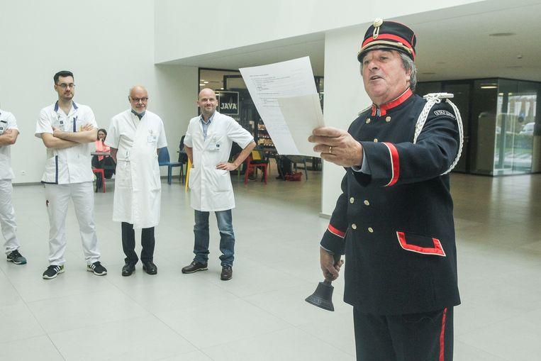 De Belleman promoot het griepvaccin in AZ Jan Palfijn.