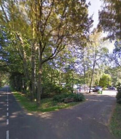 Fietsster aangereden door auto in Lochem