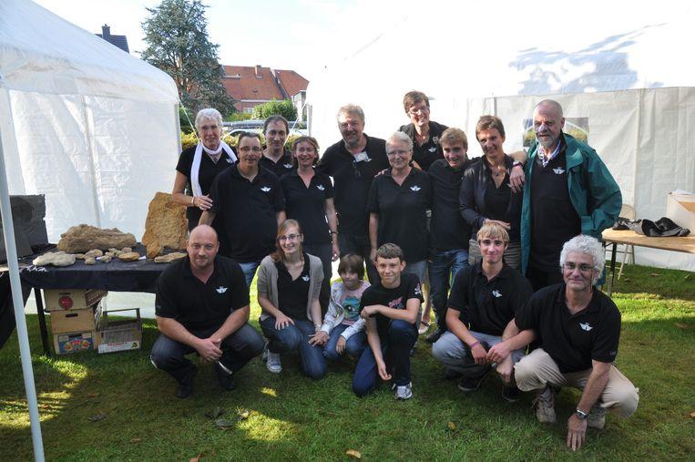 De Belgische Vereniging voor Paleontologie strijkt al voor de 14de maal neer in Sint-Gillis-Waas voor haar fossielenbeurs.
