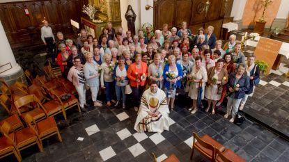 Priester gaat voor wereldrecord Rita's verzamelen op naamsfeest Heilige Rita