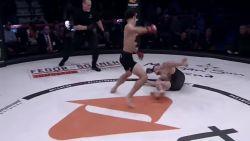 MMA'er mept zich al na tweede gevecht in geschiedenisboeken met kamp die wel héél snel eindigt