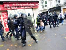 """Gilets jaunes à Paris: deux mois avec sursis pour le policier """"lanceur"""" de pavé"""