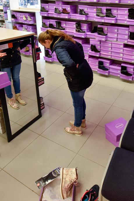 Waalwijkse schoenenverkoper vanHaren blijft doorgroeien