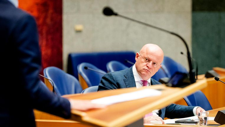 Minister Ferd Grapperhaus (Justitie en Veiligheid) tijdens een debat met de Kamer. Beeld anp