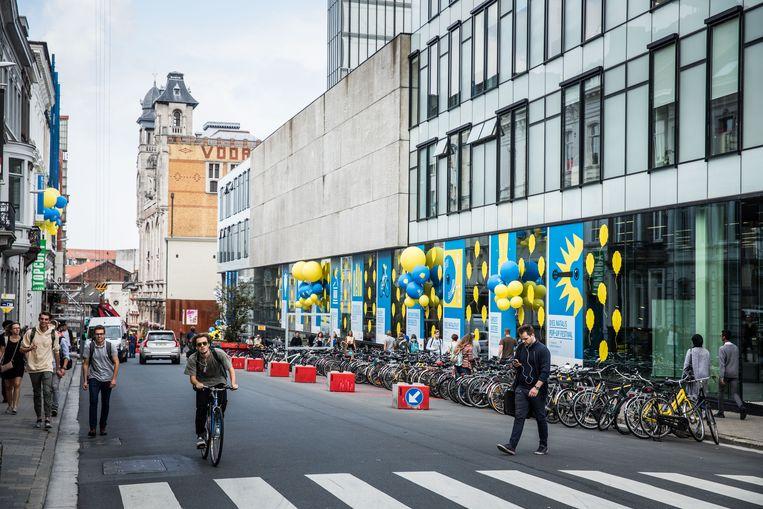 Favoriete Unief zonder verwarming door lekken in stadsverwarmingsnet | Gent OP53
