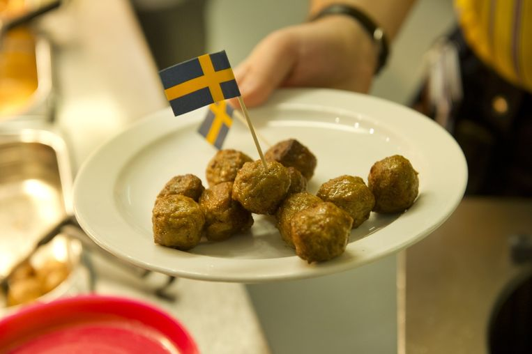 Naar schatting consumeren we wereldwijd jaarlijks 150 miljoen gehaktballetjes van IKEA. Beeld anp