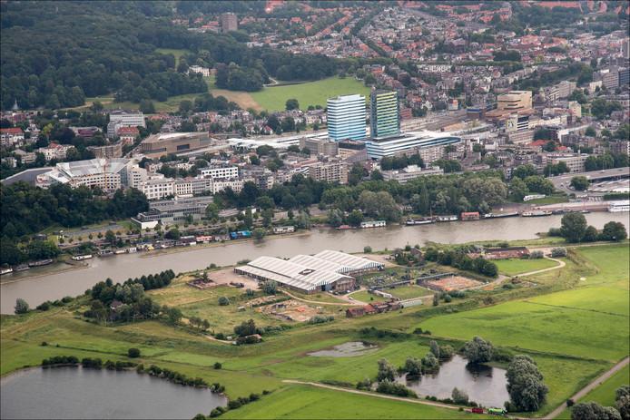 De voormalige steenfabriek in uiterwaardengebied Meinerswijk, een van de plekken waar Arnhem woningbouw voor de beter gesitueerden wil toestaan.
