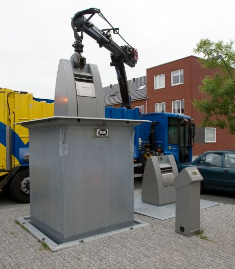 Instabiele brug ondermijnt afvalcontainers Hoogte Kadijk