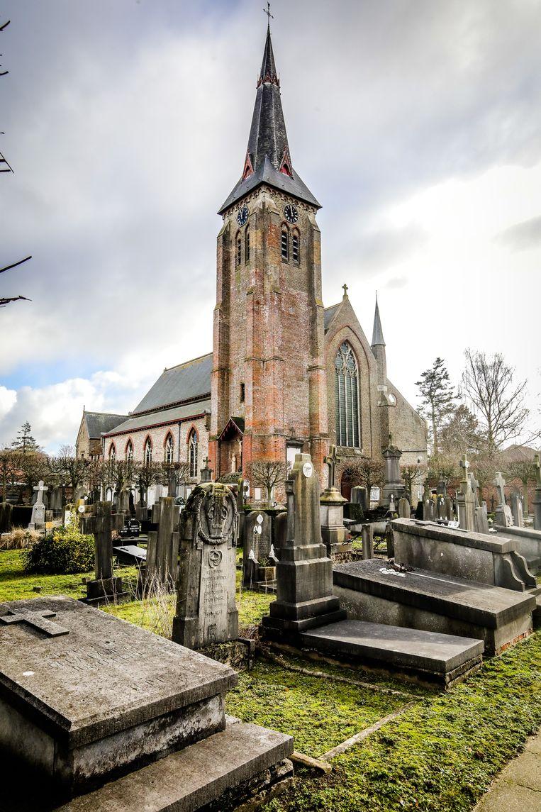 De kerk van Sint-Andries. Deze is eigendom van de stad.
